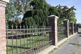 Legyen kerítés a ház körül