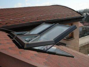 műanyag tetőablak