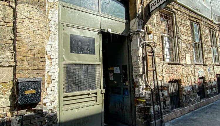 A Budapest ruin bars a hazaiak által is szívesen látogatott