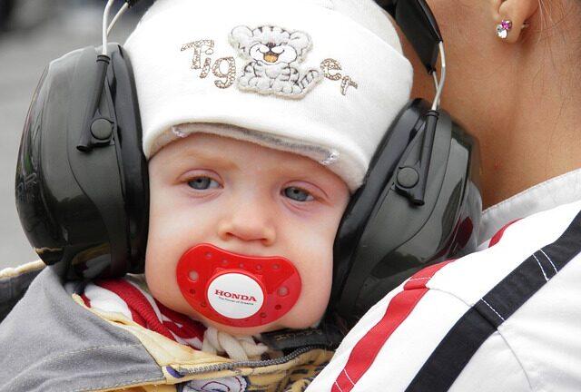 Könnyű hallásvédő fültok