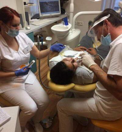 A Relax Dental Center szeretettel várja!